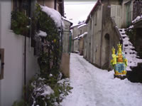 Madonna della pietra sulla neve